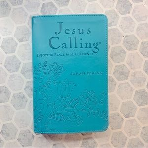 Jesus Calling Daily Devotion Book